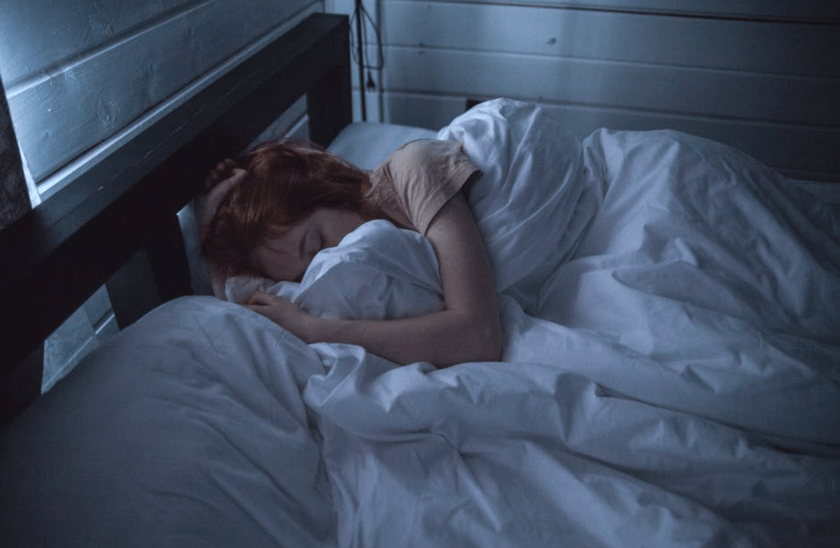The Best Sleeping Position to Aid Digestion